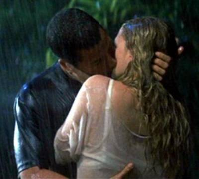 Kissing in the rain from 50 First Dates.