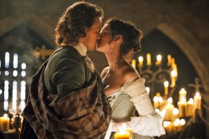 Kissing Jamie from Outlander