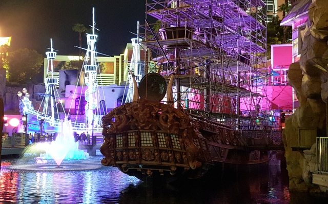 Pirate ships in front of Treasure Island and Senor Frog. Across from the Palazzo. Jolene Navarro